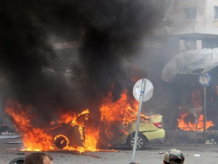 Люди погибли в итоге взрыва заминированного автомобиля всирийском Идлибе
