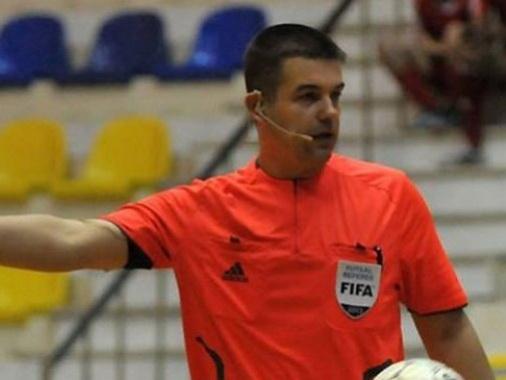 Футзалиста, ударившего арбитра ФИФА, отстранили от футбола на два года