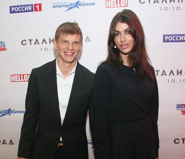 ФСБ прокомментировала слова жены Аршавина о ее работе в спецслужбах - ФОТО