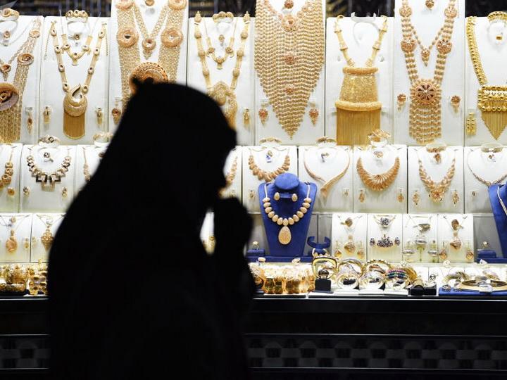 В Саудовской Аравии арестовали мужчину, носившего женское платье