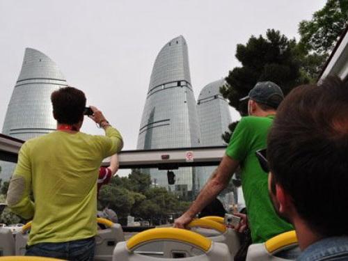 Туристы из Израиля стали больше летать в Азербайджан