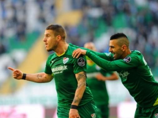 Турецкий клуб купил форварда сборной Азербайджана за 1,3 миллиона