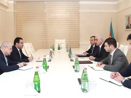 Министр экономики Азербайджана встретился с послом Ирана