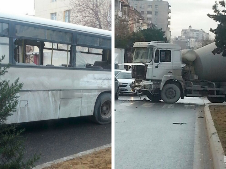 В Баку бетономешалка врезалась в автобус – ФОТО
