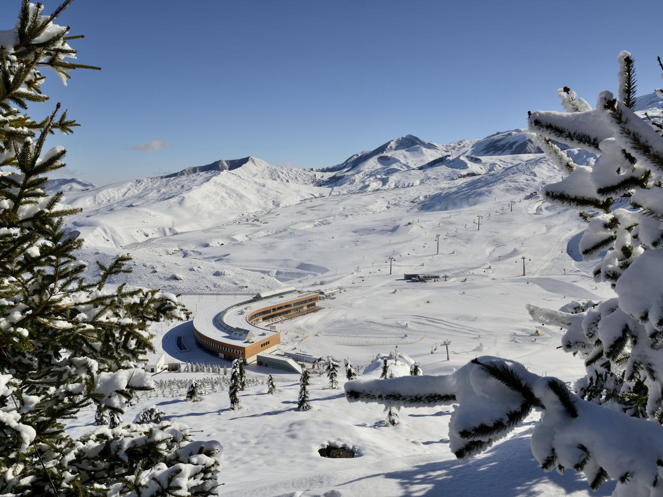 Президент Ильхам Алиев о планах строительства железной дороги к горнолыжному курорту Шахдаг