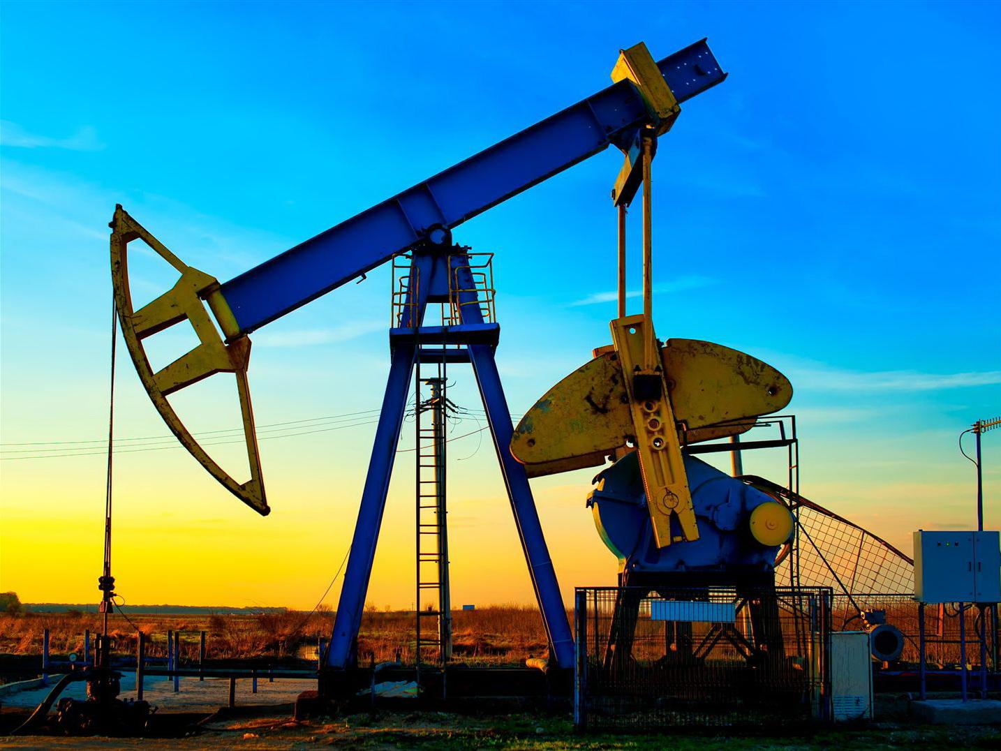 Нефть стабильна