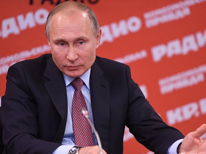 Путин не считает зазорным то, что главы государств отдыхают за границей