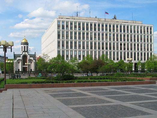 Сотрудникам МВД России разрешили отдыхать в Азербайджане
