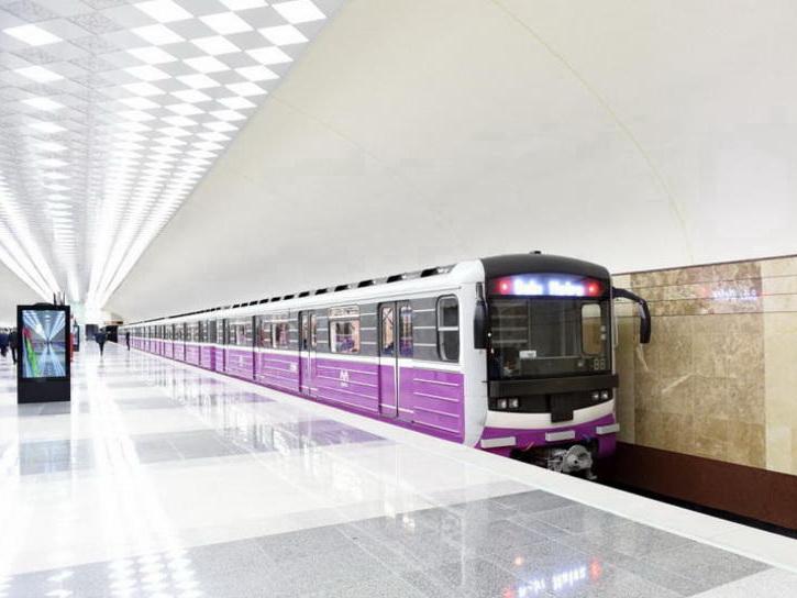 Скончался мужчина, бросившийся под поезд в Бакметрополитене - ФОТО - ВИДЕО – ОБНОВЛЕНО