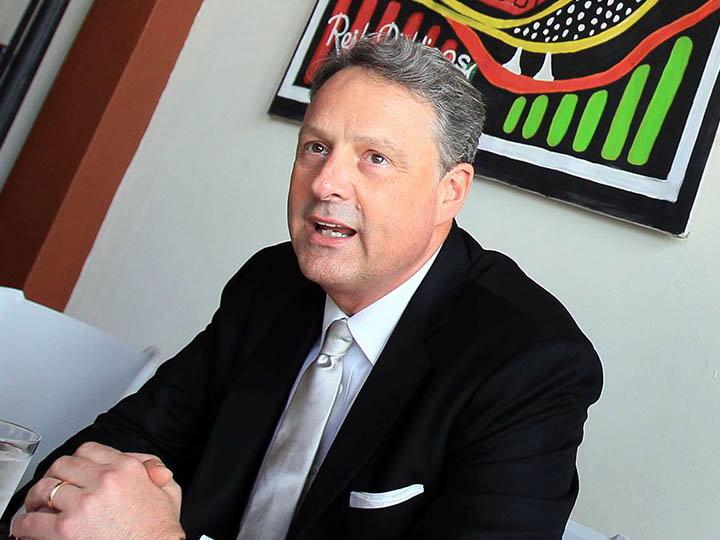 Посол США в Панаме подал прошение об отставке