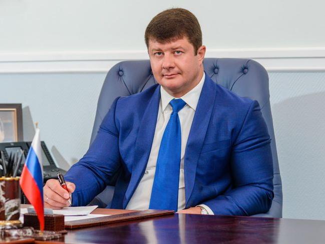 Мэр российского города обязал глав районов лезть в ледяную прорубь – ФОТО – ВИДЕО