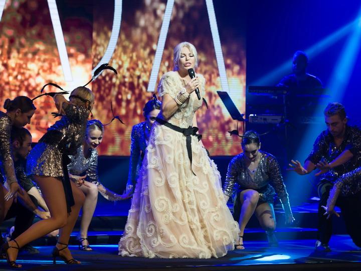 Самые яркие моменты концерта Ажды Пеккан в Баку – ФОТО – ВИДЕО
