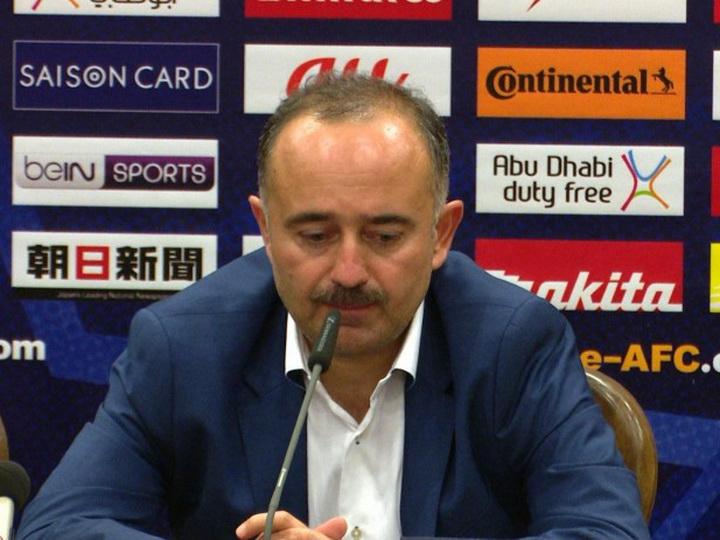 Тренер-армянин сборной Узбекистана пожизненно отстранен от футбольной деятельности