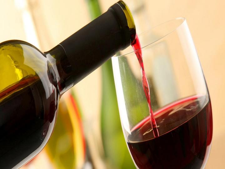 «Торговый дом Азербайджана» получил право на импорт в 2018 году в Беларусь алкогольной продукции