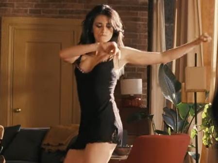 Соблазнительная Пенелопа Крус танцует лезгинку – ВИДЕО