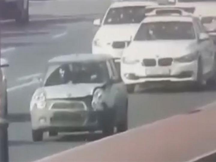 В центре Баку «автош» без прав устроил гонки с Дорожной полицией - ВИДЕО