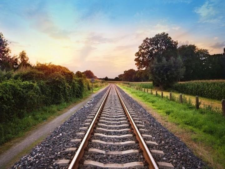 Иран иАзербайджан совместно профинансируют железную дорогу Решт-Астара