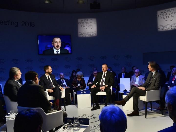 Ильхам Алиев: «Бедность находится на уровне 5,4 процента, а безработица – 5 процентов» - ФОТО