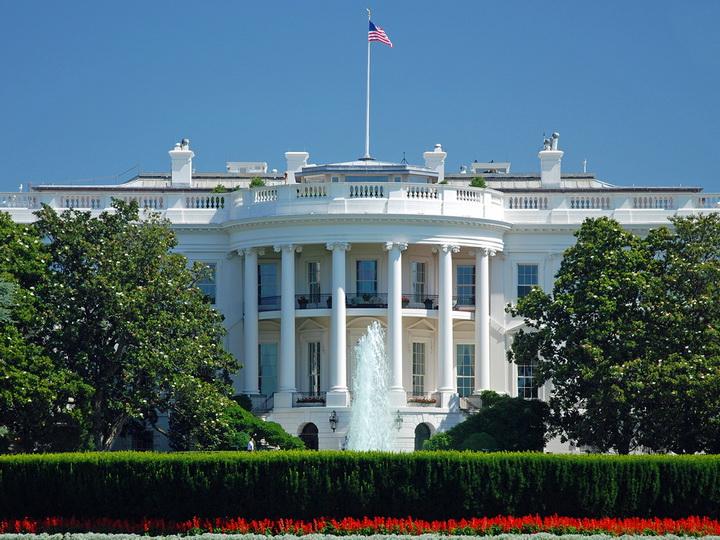 Секретная служба США задержала вооруженного человека у Белого дома