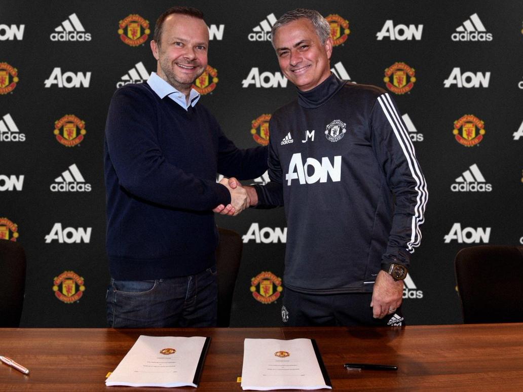 Жозе Моуринью продлил договор с«Манчестер Юнайтед»