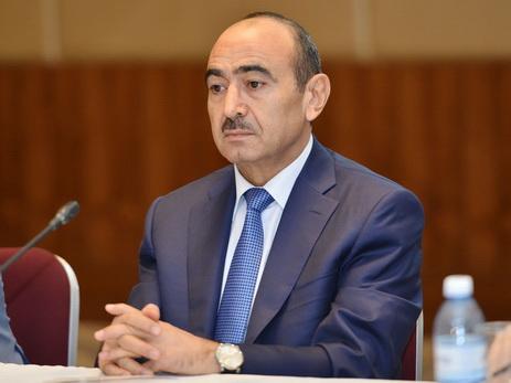Али Гасанов призвал профсоюзы поддержать Ильхама Алиева на внеочередных президентских выборах