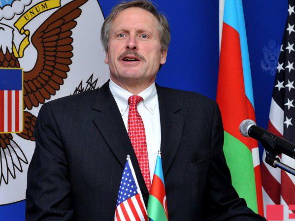 Посол США: Сокращение финансовой помощи Азербайджану еще не утверждено