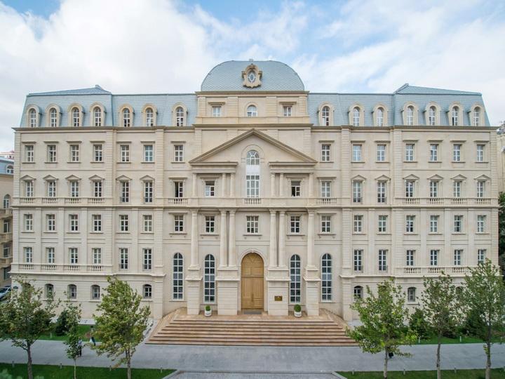 Внешний долг Азербайджана составляет $9,4 млрд