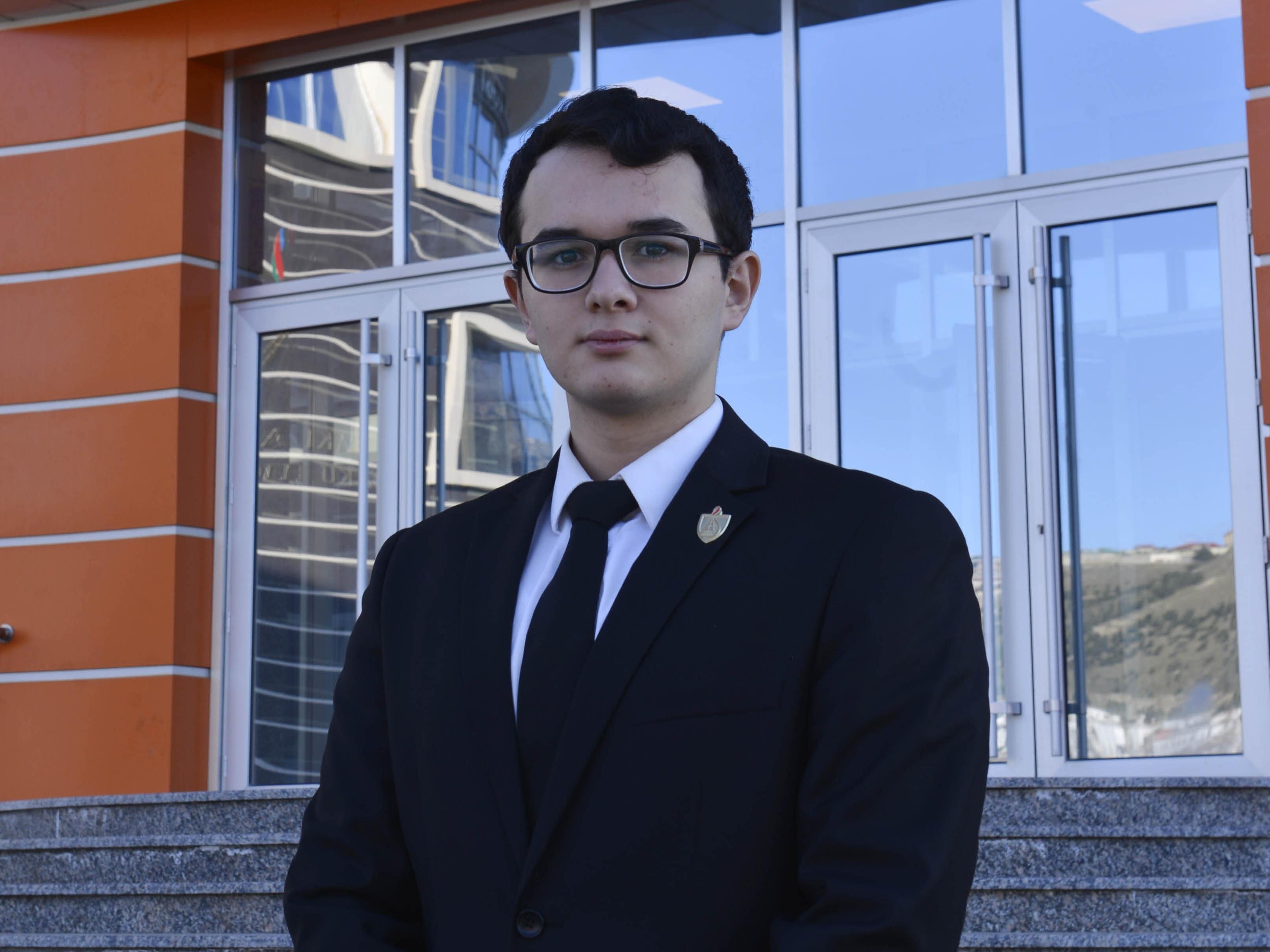 Студент БВШН примет участие в запуске спутника Azerspace-2