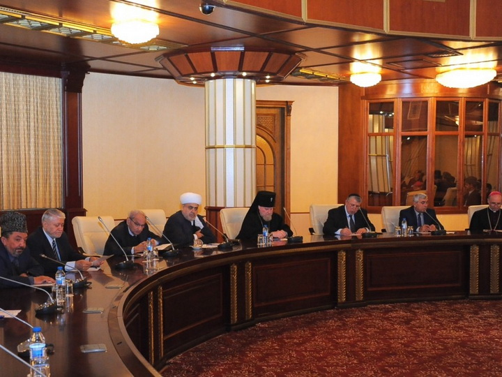 Верующие Азербайджана высоко оценивают внимание и заботу Президента Ильхама Алиева о них - ФОТО