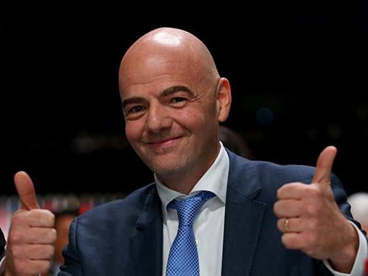 Президент ФИФА призвал ввести потолок зарплат для футболистов