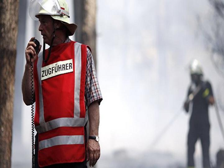 На западе Германии около 30 человек пострадали при пожаре в жилом доме