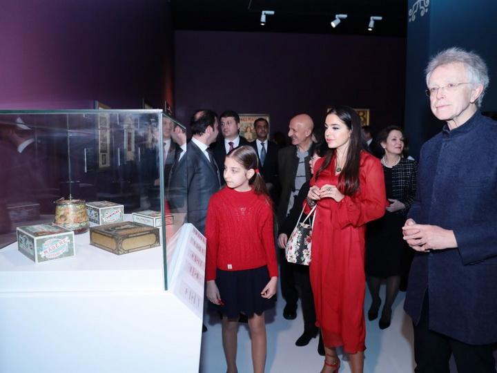 Лейла Алиева приняла участие в открытии выставки известного художника Альфонса Мухи – ФОТО