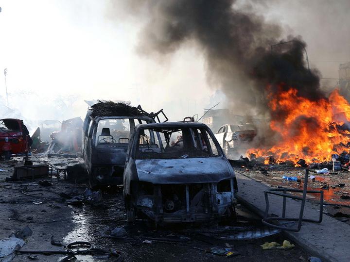 При двойном взрыве в столице Сомали погибли 18 человек