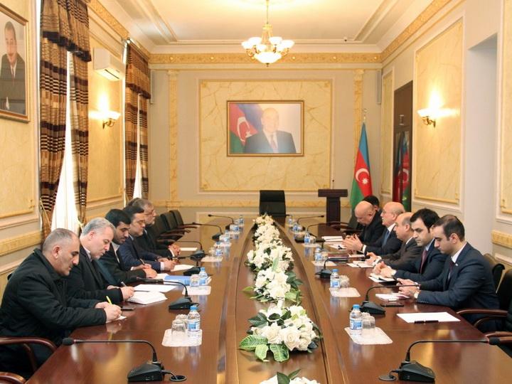 Azərbaycan və İran xalqları arasında dini-mənəvi sahədə əlaqələr inkişaf edir