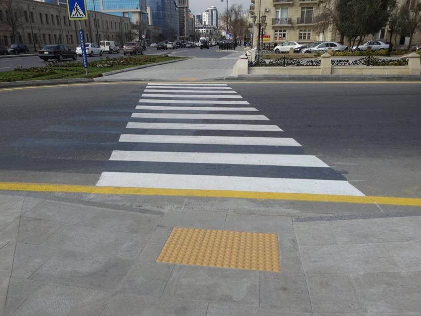 В Баку уже создано свыше 300 пандусов – ФОТО