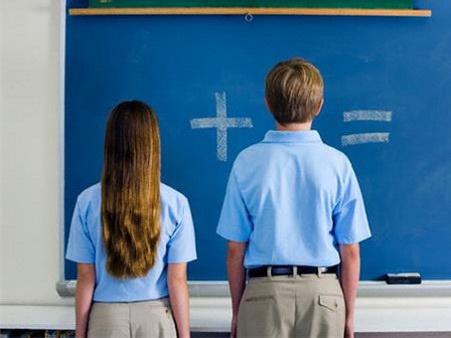 В Азербайджане пора вводить сексуальное воспитание в школах, и вот почему…