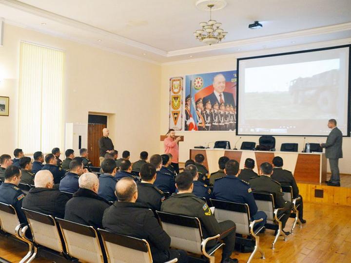 Специалисты Европейского командования США провели в Баку семинар - ФОТО