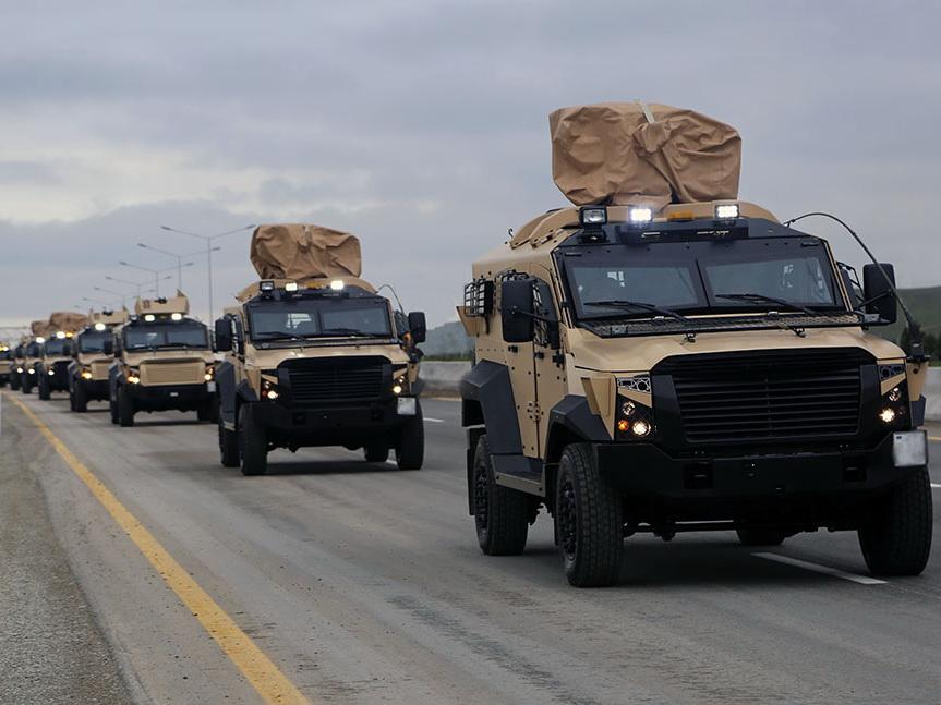 Поднятые по тревоге войска направляются в районы оперативного предназначения -ВИДЕО - ФОТО
