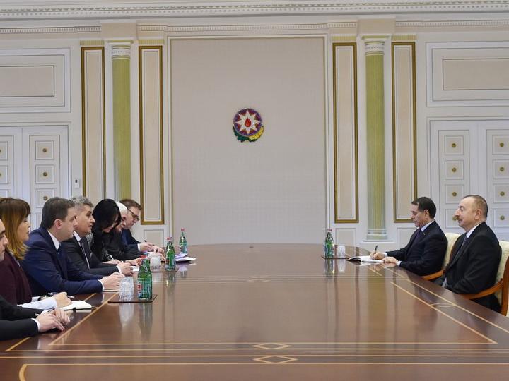 Ильхам Алиев принял делегацию во главе с председателем парламента Монтенегро - ФОТО