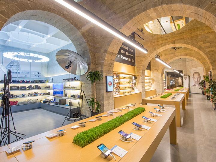 В Азербайджане открылся крупнейший магазин мобильных телефонов – ФОТО – ВИДЕО