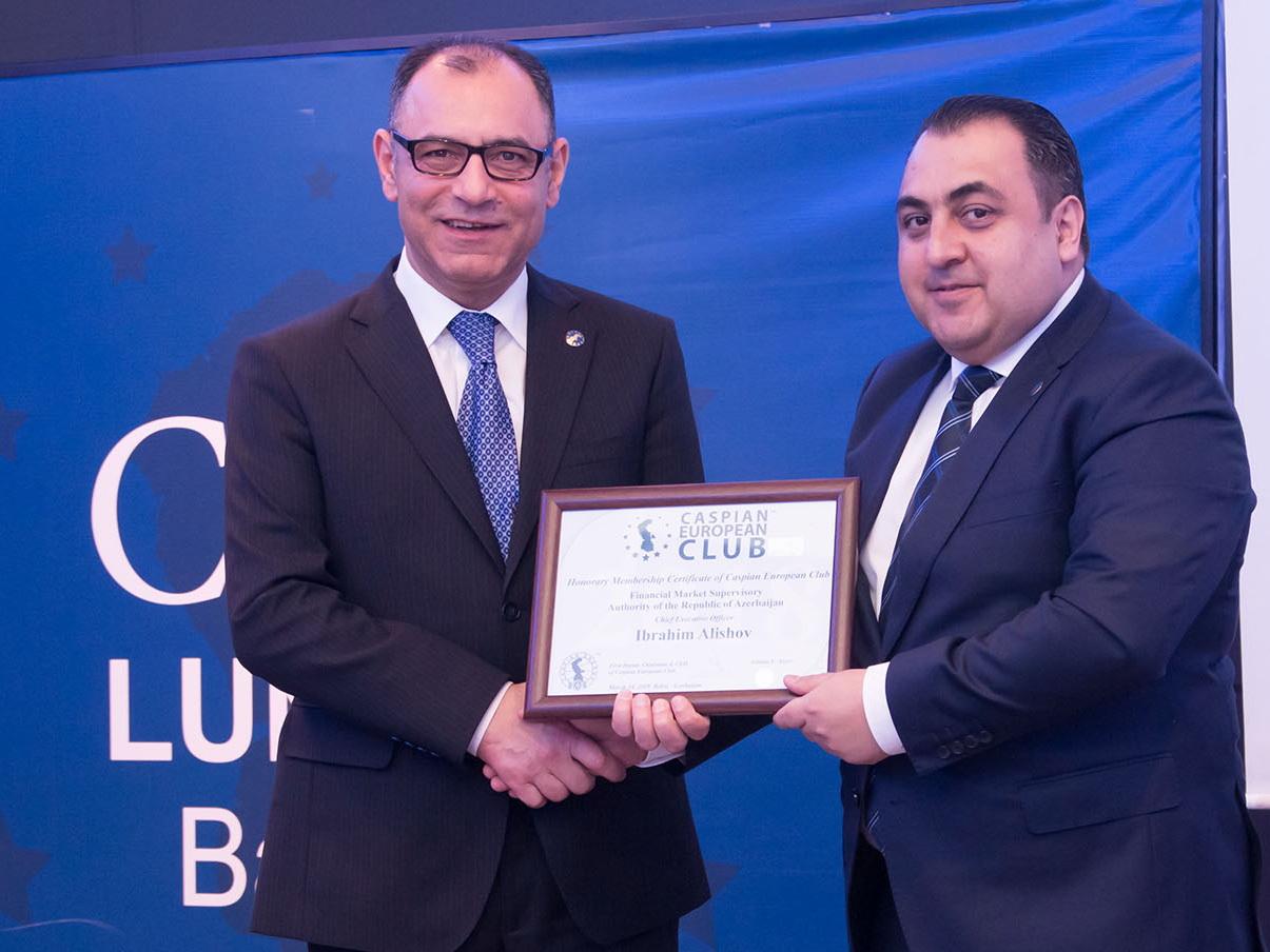 Исполнительный директор ПНФР стал почетным гостем CEO Lunch Baku