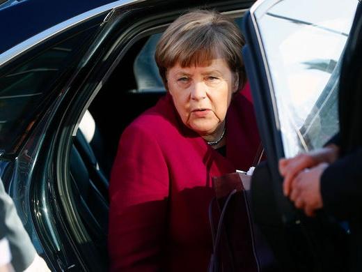 На Меркель произошло нападение