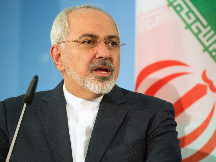 СМИ назвали причину госпитализации главы МИД Ирана