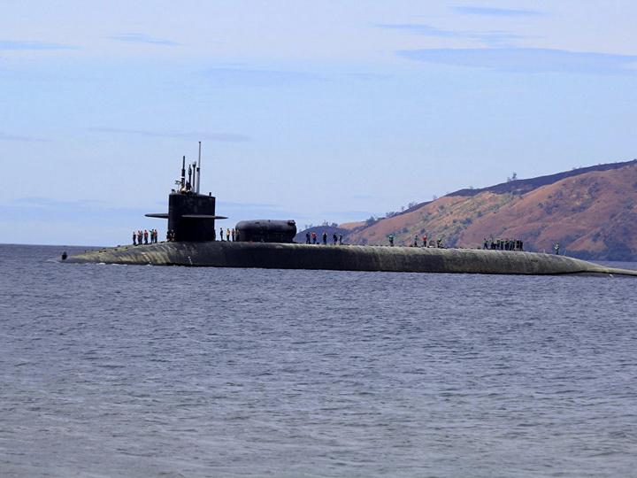 США приняли на вооружение новую атомную подлодку класса Virginia