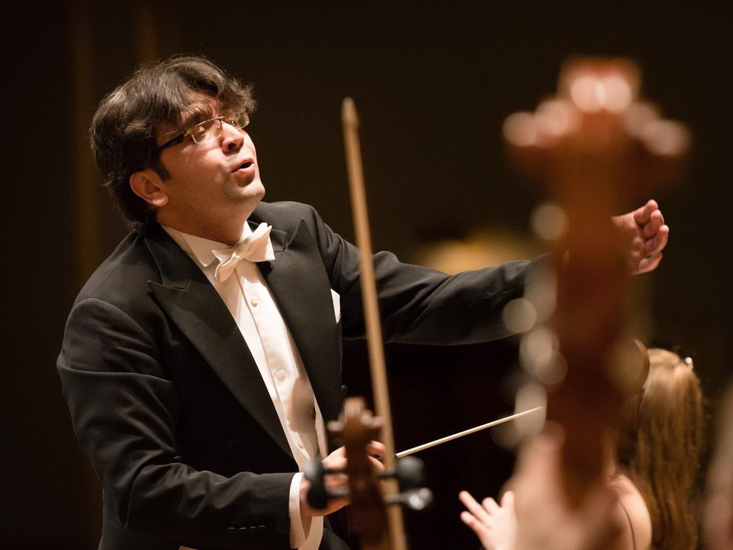 В Китае с большим успехом прошли симфонические концерты дирижера Эйюба Кулиева – ФОТO
