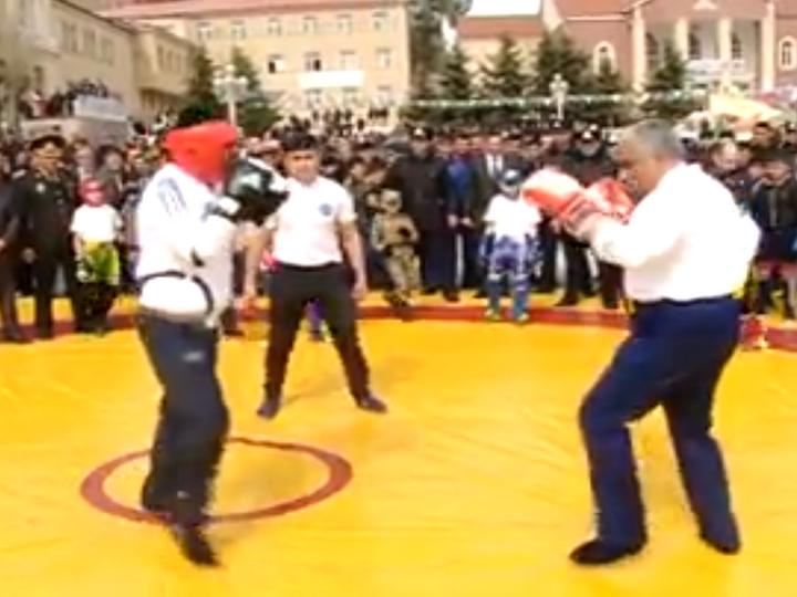 Ахад Абыев отправил соперника в нокаут в честь Новруз байрамы - ВИДЕО