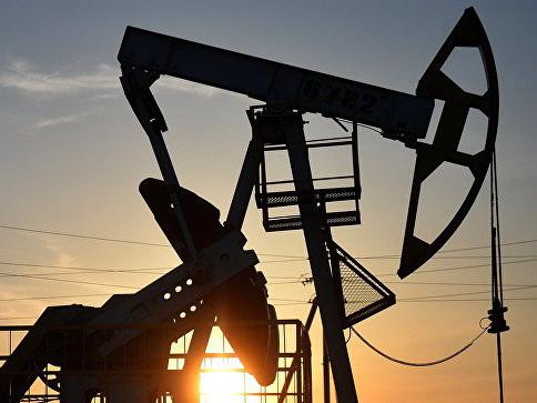 Нефть дорожает после данных неожиданном снижении запасов в США