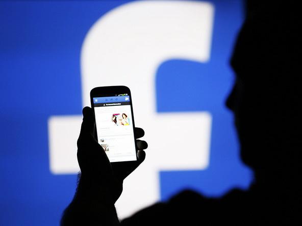 Соучредитель WhatsApp призвал пользователей удалить Facebook