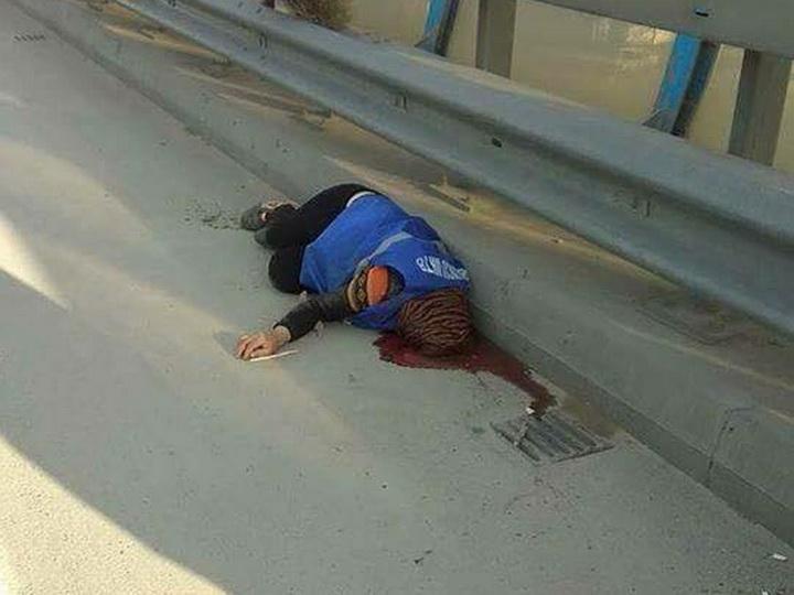 Правоохранительные органы о гибели подметальщицы улиц, сбитой грузовиком в Баку - ОБНОВЛЕНО