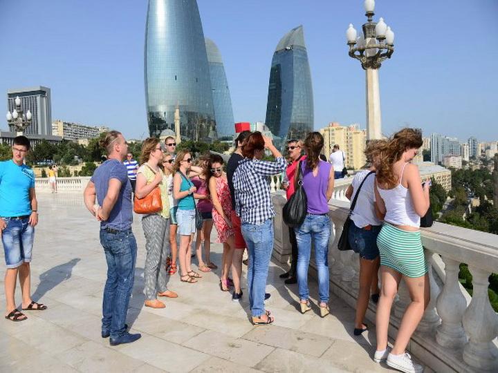 Ростуризм: Из-за инцидента с Грузией может вырасти турпоток в Азербайджан